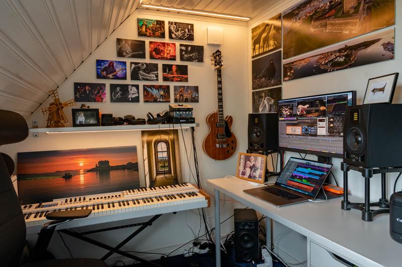 Studio där musikproduktion görs